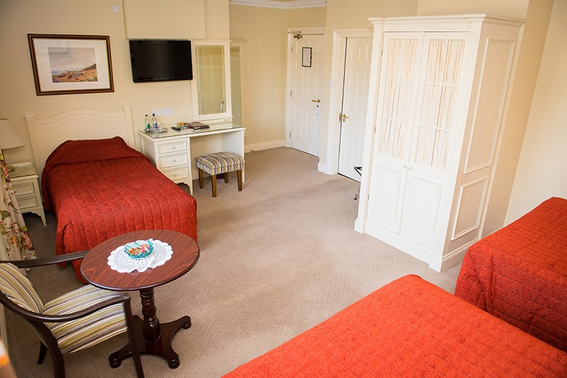 Killarney Lodge 65